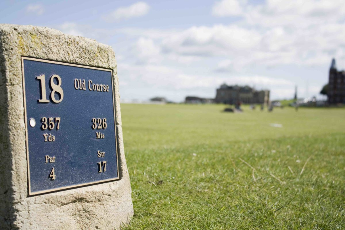 Marker on the 18th Tee of the Old Course.